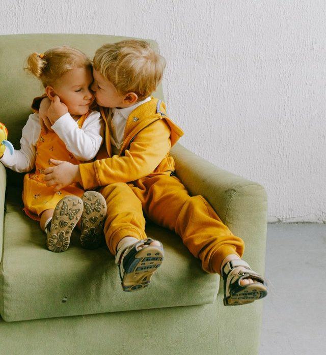 Multiple Children in Multiple Households